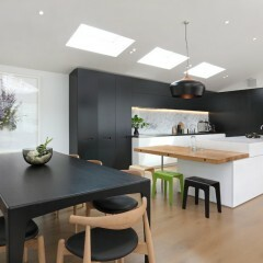 7 Black And White Kitchens For Any Taste