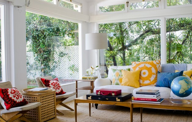 Make Your Living Room Work: A Collection of Beautiful Cushions - Articles about Apartments 2 by  image