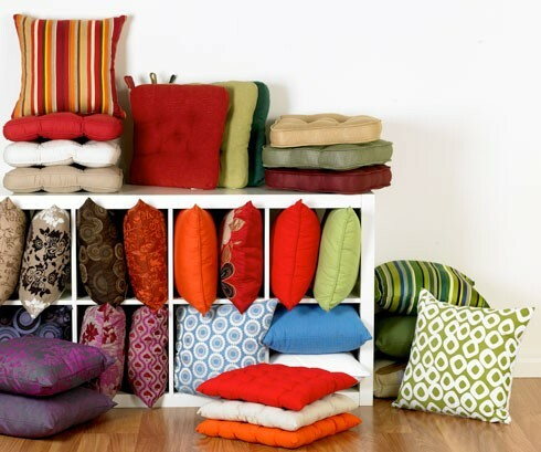 Make Your Living Room Work: A Collection of Beautiful Cushions - Articles about Apartments 4 by  image