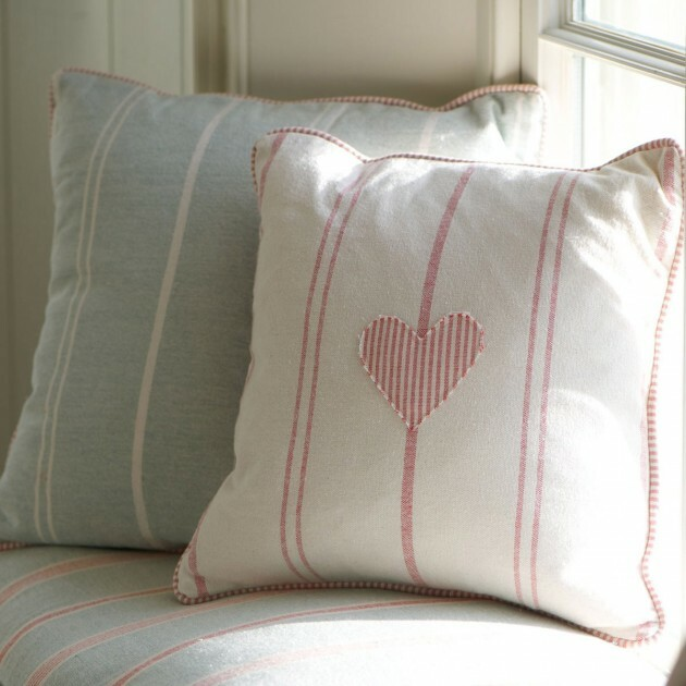 Make Your Living Room Work: A Collection of Beautiful Cushions - Articles about Apartments 13 by  image