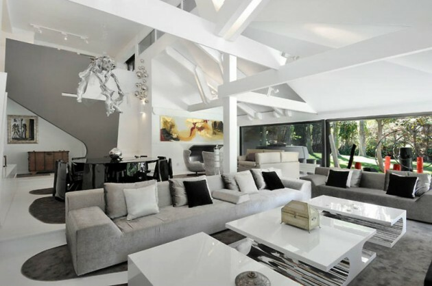 Make Your Living Room Work: A Collection of Beautiful Cushions - Articles about Apartments 26 by  image