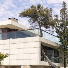 An Eco House – A Way to Live in Environmental-Friendly Home